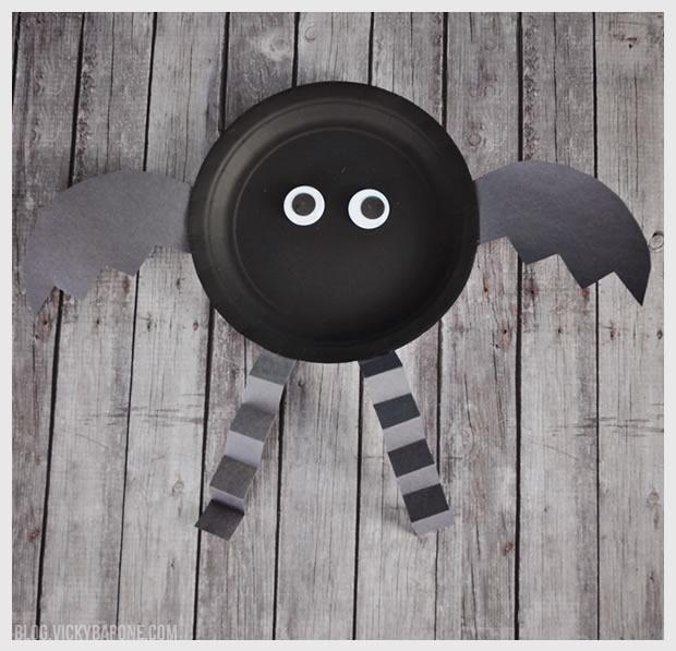 Paper Plate Halloween Bat Craft | Vicky Barone