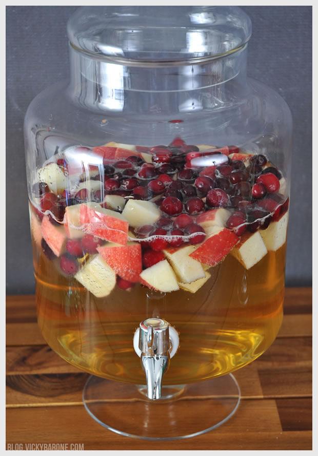Apple Cranberry Sangria | Vicky Barone