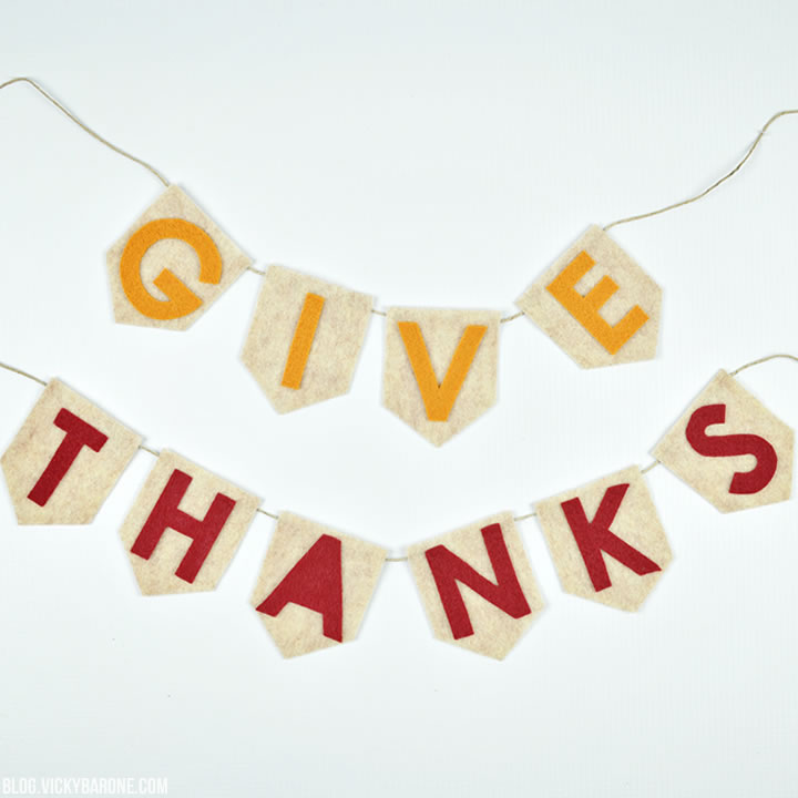 DIY No-Sew Give Thanks Garland | Vicky Barone