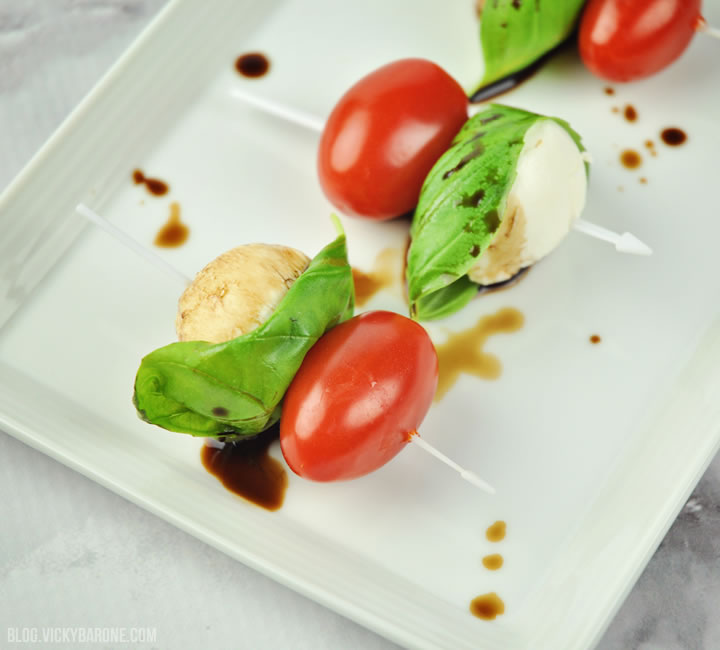 Mini Caprese Salad Bites | Vicky Barone | Superbowl Appetizer Ideas