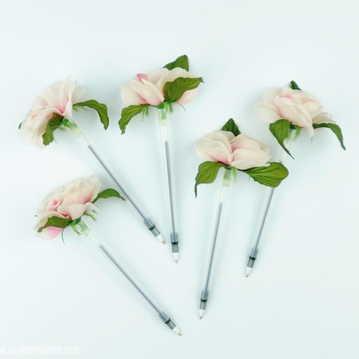 DIY Flower Pens | Back to School Teacher Gifts | Vicky Barone